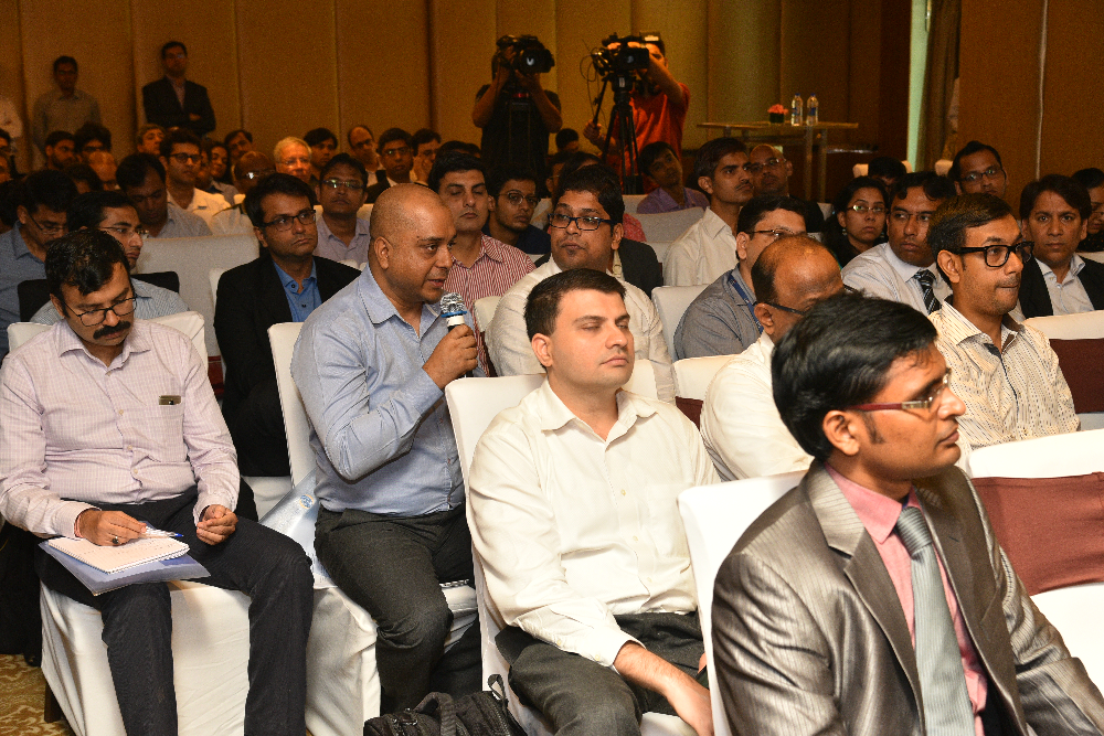 Participants asking questions after the session on 'New PPP models – Hybrid Annuity and TOT in Road Infrastructure sector'