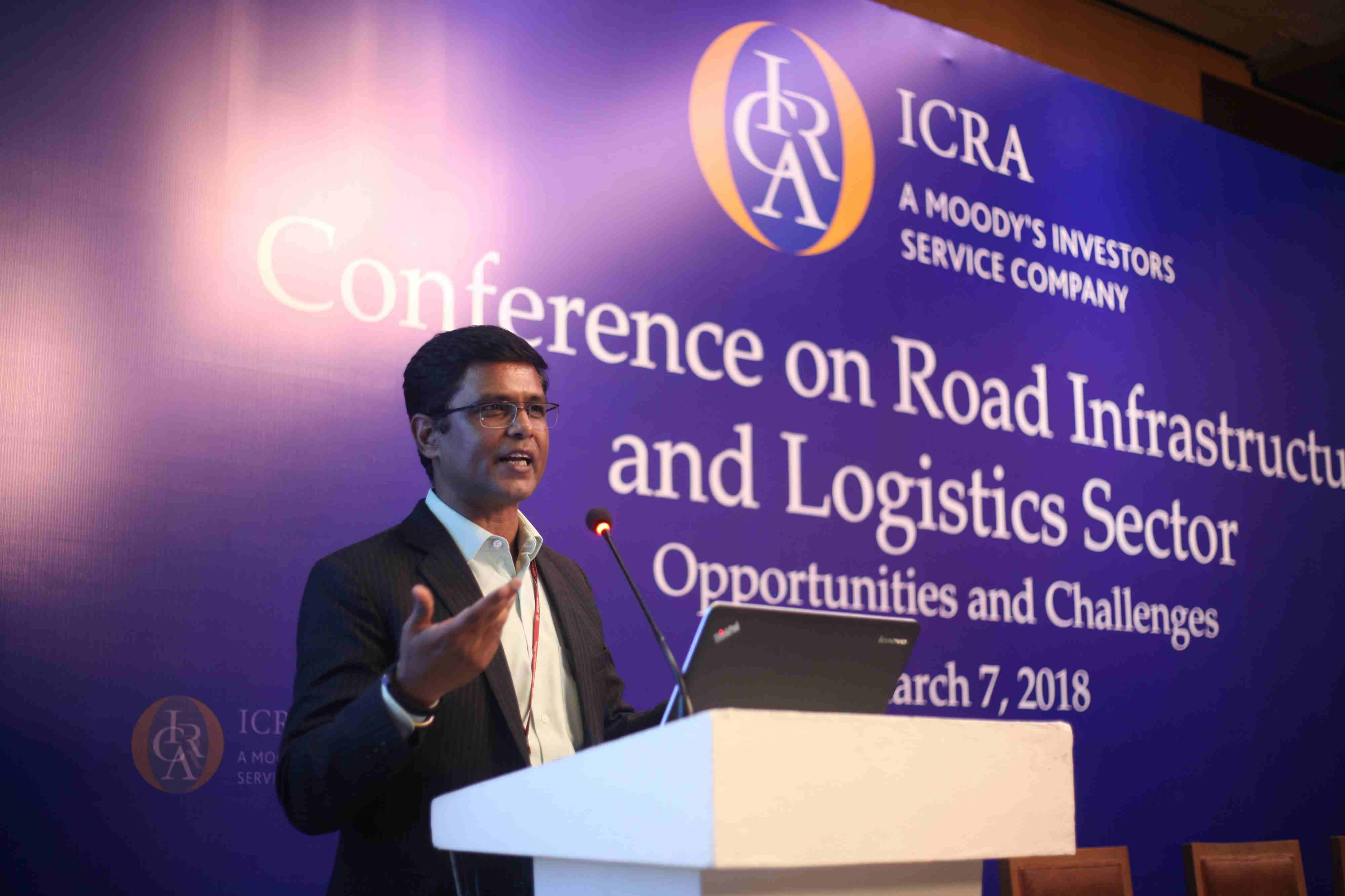 Mr. Keshav Chandra, Joint Secretary (Logistics), Department of Commerce, Ministry of Commerce and Industry, Government of India delivering keynote speech at the conference